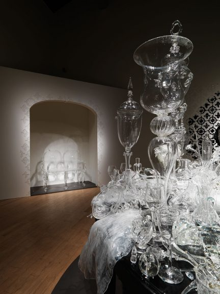 Beth Lipman, After You're Gone, 2008. Courtesy of Museum of Art, Rhode Island School of Design, Providence