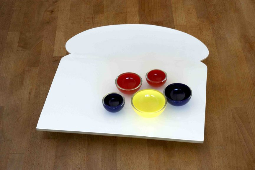 Katherine Gray, Wonder Sandwich Serving Tray, 2005. Blown and slumped glass