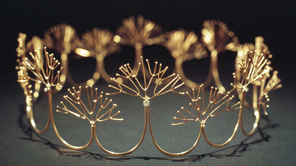 Merry Renk, Golden Foam Wedding Crown. Photograph Courtesy of the Artist