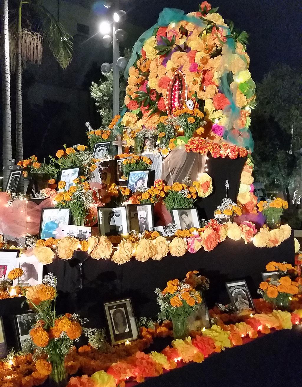 Craft In America Da De Los Muertos Tradition And Translation